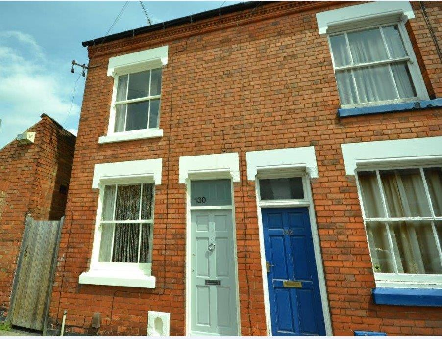 3 Bedrooms Property for sale in St. Leonards Road, Clarendon Park, Leicester